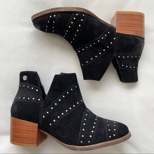 Roxy   NEW Lexie Black Studded Ankle Booties 6